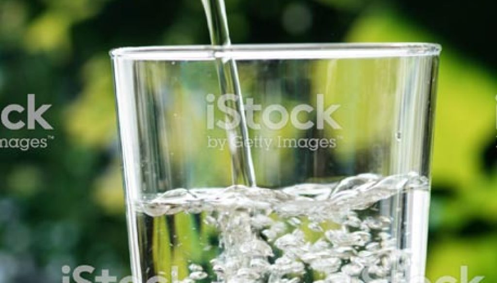 glass-of-water-leaves2